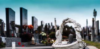 Onoranze funebri i dettagli dietro l'organizzazione di un funerale